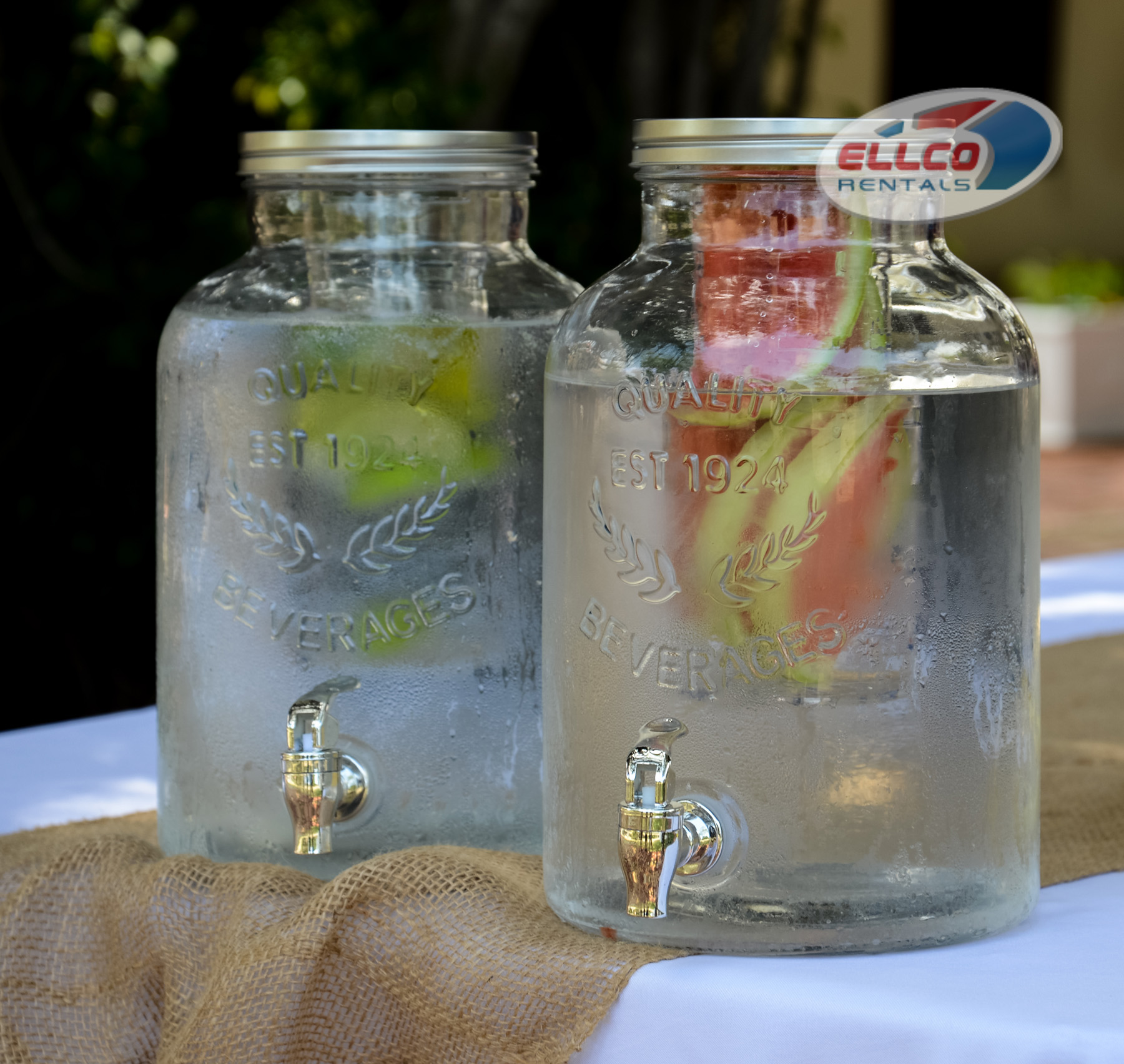 Glass Beverage Dispenser With Optional Infuser In Food