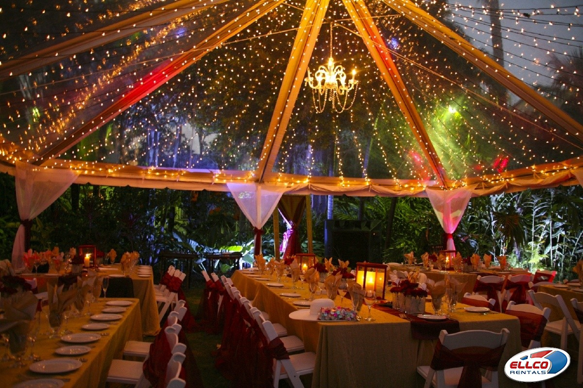 Clear_top_tent_for_wedding